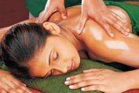 Massage cure Panchakarma Inde